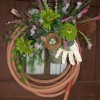 garden hose wreath at TidyMom.net