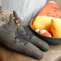 witch shoes at TidyMom.net