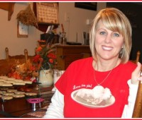 Love the Pie shirt at TidyMom