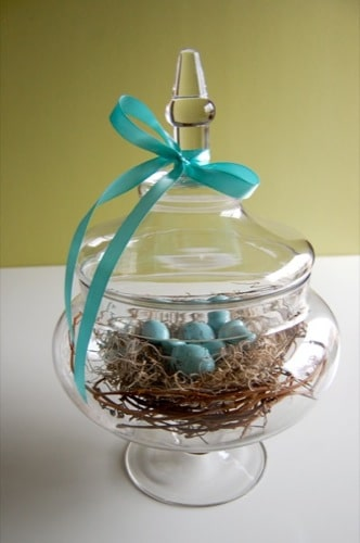 DIY thrifty spring centerpiece at TidyMom.net