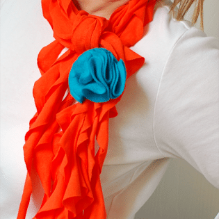 scarf made from t-shirt