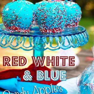 Red White & Blue Candy Apples at TidyMom.net