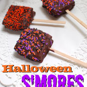 Halloween s&#039;mores on a stick