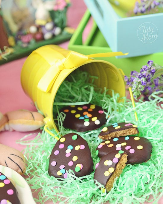 Peanut Butter Easter Eggs, Easter, desserts, baking