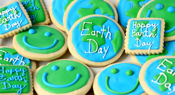 Earth Day cookie - TidyMom