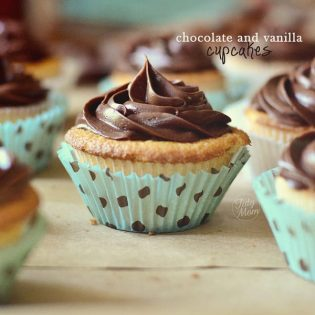 Chocolate and Vanilla Cupcakes