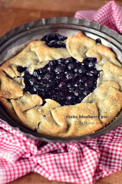 Blueberry Pie Rustic blueberry pie