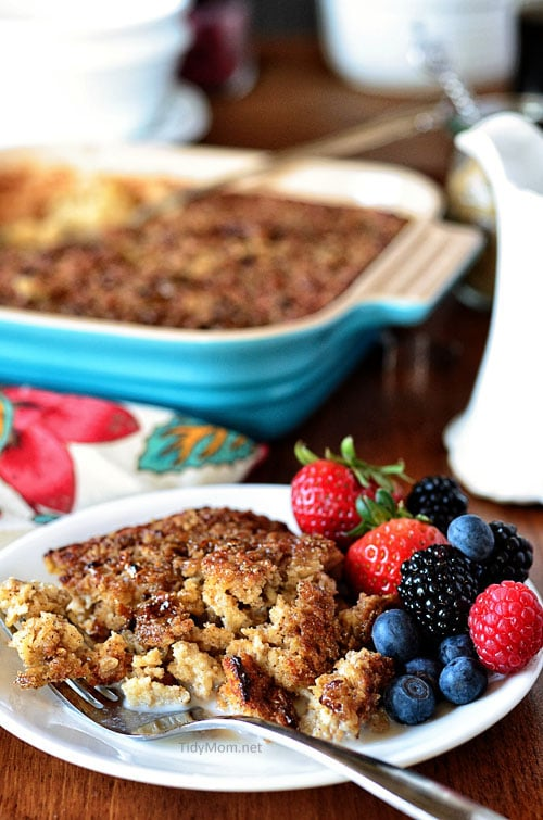 Creme Brulee Baked Oatmeal #recipe at TidyMom.net