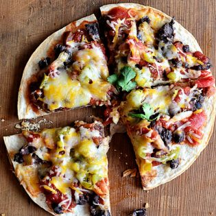 Mexican Black Bean Pizza | recipe at TidyMom.net