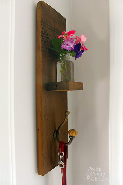 Wall Sconces Flower Vases : DIY Reclaimed Wood Sconce with Hook