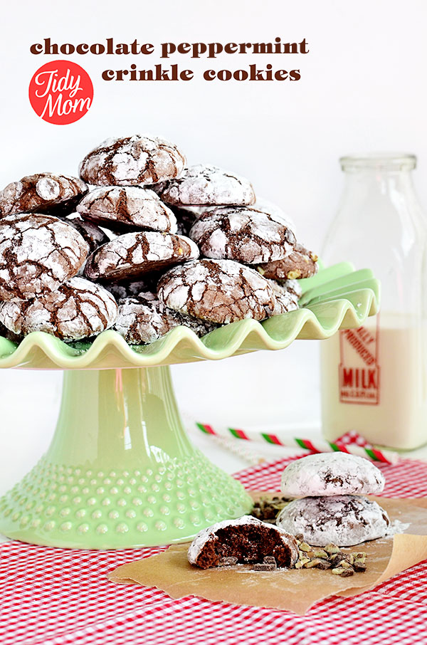 Easy Peppermint Crinkle Cookies using a brownie mix as a shortcut to crinkle #cookie perfection. Recipe at TidyMom.net #holiday