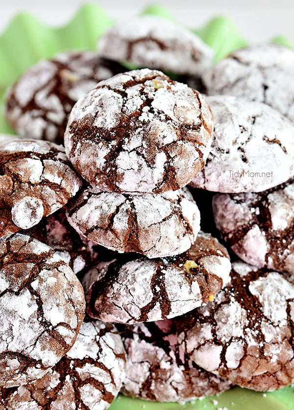 Easy Chocolate Peppermint Crinkle Cookies using a brownie mix as a shortcut to crinkle #cookie perfection. Recipe at TidyMom.net