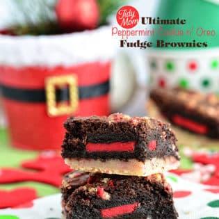 Ultimate Peppermint n Oreo Fudge Brownies. Recipe at TidyMom.net