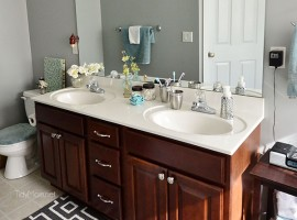 How to keep your bathroom clean in just 5 minutes a day at TidyMom.net