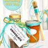 Chocolate Face Mask recipe + Free Happy Birthday Gift Tag so you can give it as a gift!! at TidyMom.net