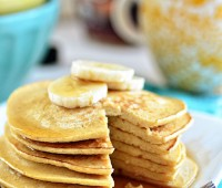 Oatmeal Banana Bread Pancakes - just 3 ingredients! recipe at TidyMom.net