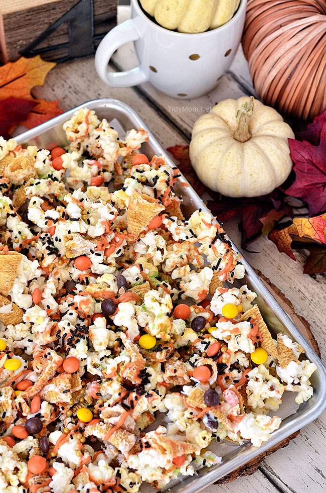 Turkey Munch - Fall Popcorn Snack Mix