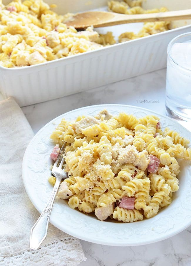 Easy Chicken Cordon Bleu Pasta recipe at TidyMom.net