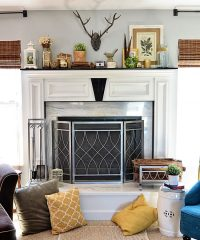 Spring Mantel and Family Room at TidyMom.net