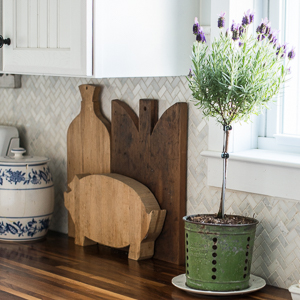 antique-cutting-boards