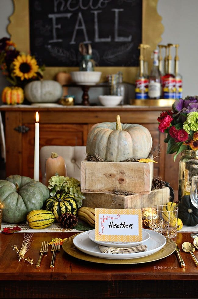 Laminated place cards diy tidymom for Diy thanksgiving table place cards