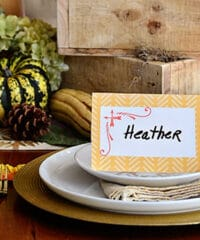 DIY laminated place cards. download at TidyMom.net and print at home.