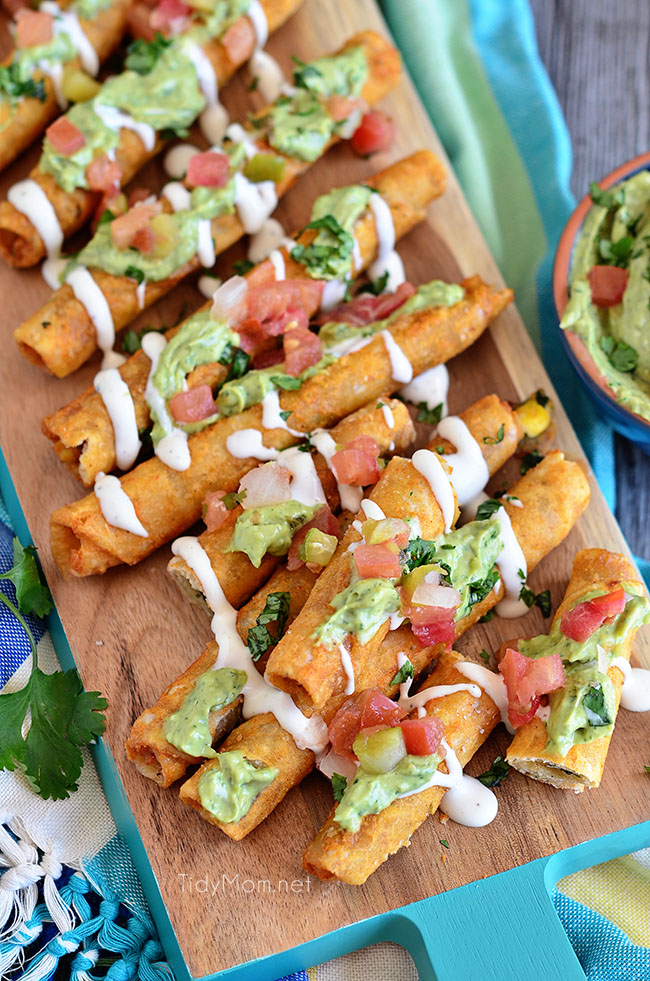 Snack time! Avocado Creme Sauce with Crunchy Chicken and Cheese Taquitos at TidyMom.net