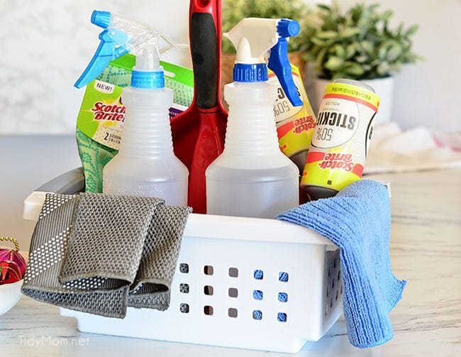 Holiday entertaining is upon us. One of my favorite holiday entertaining tips is to keep an emergency clean up kit handy for party spills and mishaps. 6 HOLIDAY ENTERTAINING TIPS