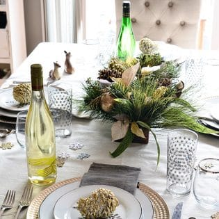 6 TIPS FOR HOLIDAY ENTERTAINING - keep an emergency clean up kit handy for party spills and mishaps. Details at TidyMom.net