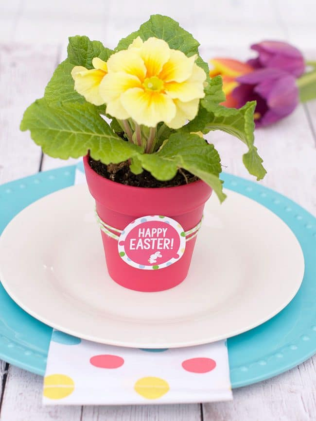 Flowers for Easter Printable | Easter Dinner Meal Plan recipes, printables and decor ideas. Details at TidyMom.net