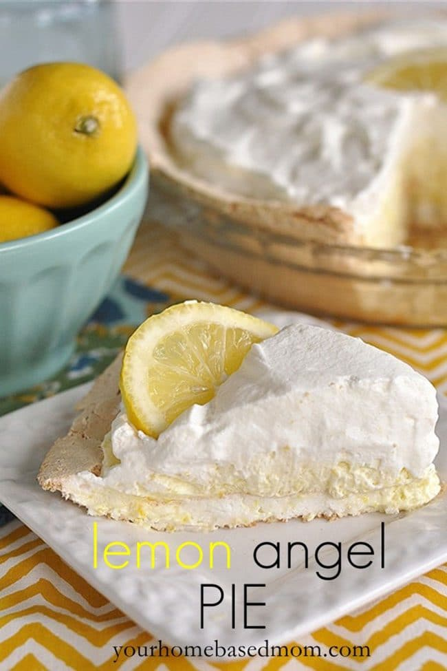 Lemon Angel Pie | Easter Dinner Meal Plan recipes, printables and decor ideas. Details at TidyMom.net