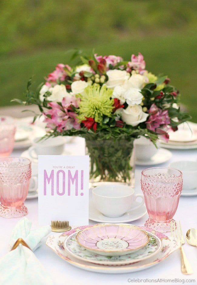Mother's Day Brunch Meal Plan recipes, printables and decor at TidyMom.net - Mother's Day Brunch Table