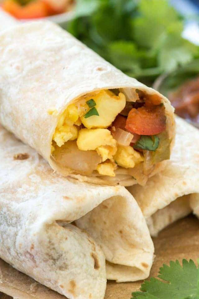 EASY MEXICAN BREAKFAST BURRITOS recipe by Crazy for Crust — Find crafts, printables, recipes and more for a Back to School Meal Plan at TidyMom.net