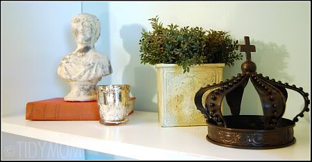office decor crown and bust at TidyMom.net