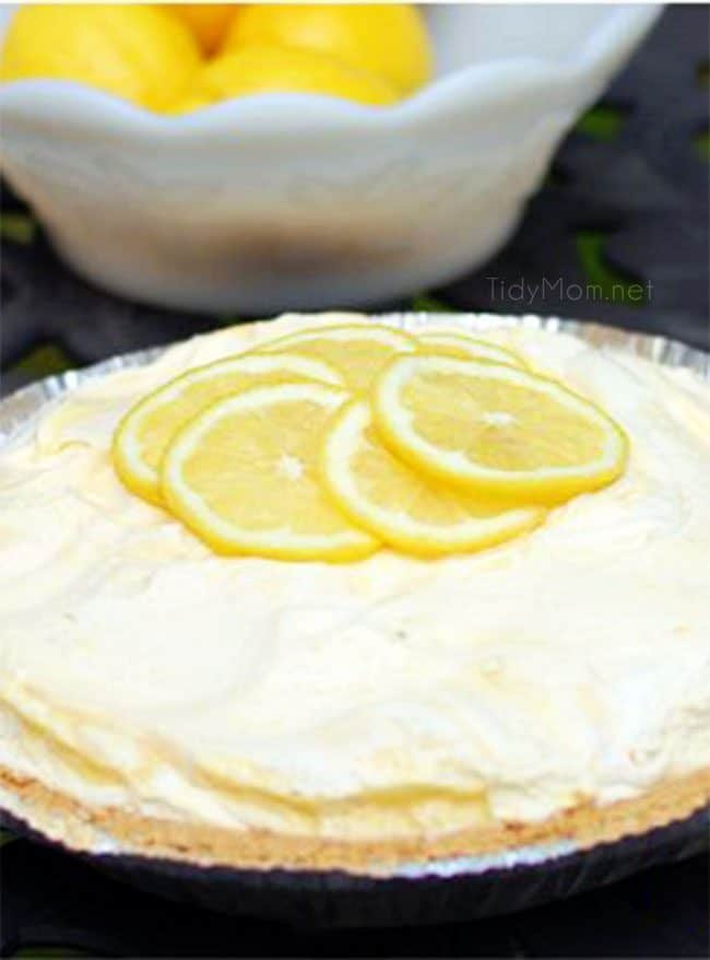 Cold Lemonade Pie with fresh lemon slices on top