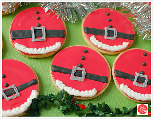 santa belly decorated christmas cookies at tidymomnet