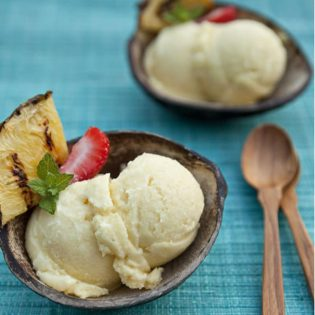 Pina Colada Sorbet in wooden bowls
