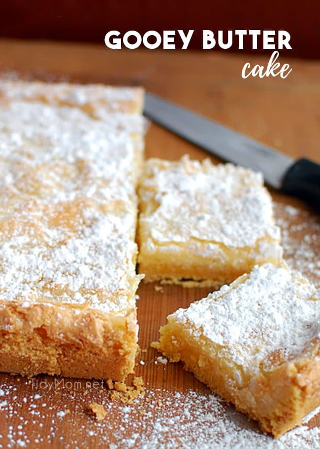 gooey butter cake with 2 servings cut