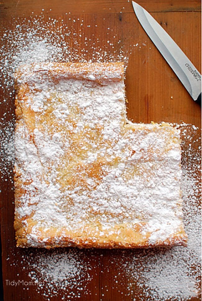 Gooey Butter Cake on cutting board