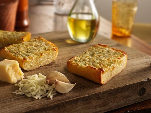 Lia Marie's garlic bread