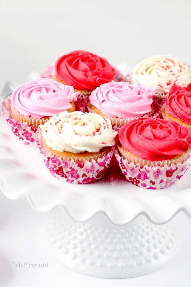 how to make Rose Cupcakes with quick-crusting buttercream recipe