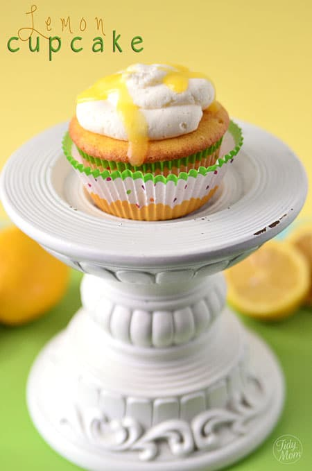 Lemon cupcake with lemon curd recipe at TidyMom.net