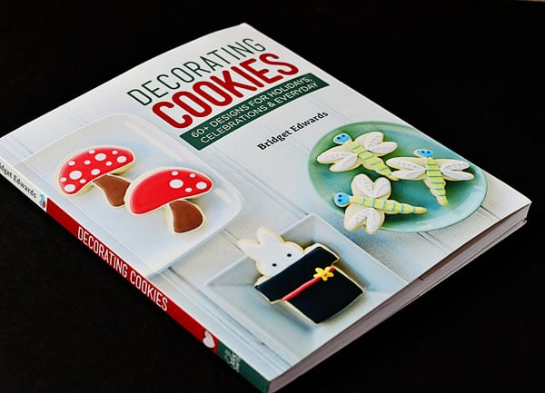 Decorating Cookies by Bridget Edwards at TidyMom.net
