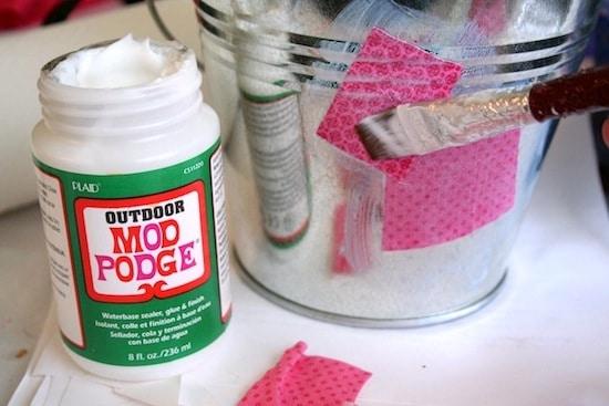 Mod-Podge-Fabric-Down