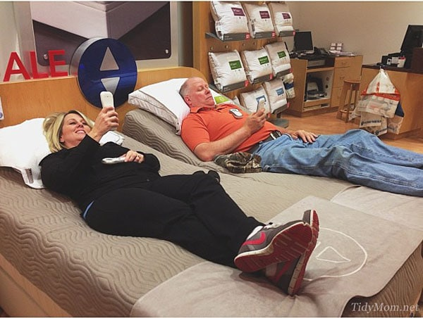 Trying out the beds at the Sleep Number Store | TidyMom.net