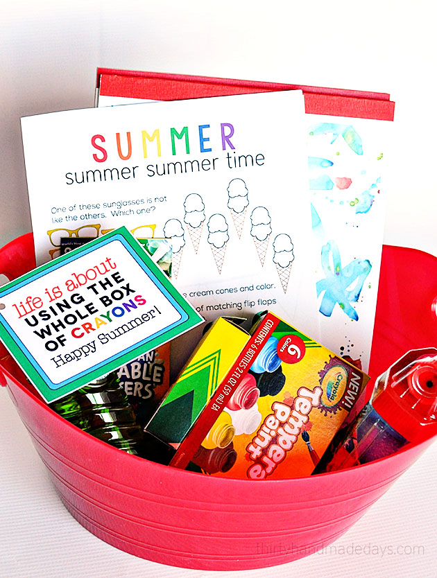 Summer Craft Bucket with Free Printable from ThirtyHandmadeDays.com for TidyMom.net
