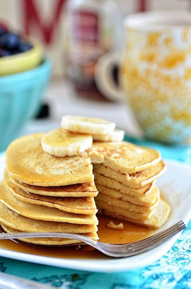 Oatmeal Banana Bread Pancakes - just 3 ingredients! recipe at TidyMom.net