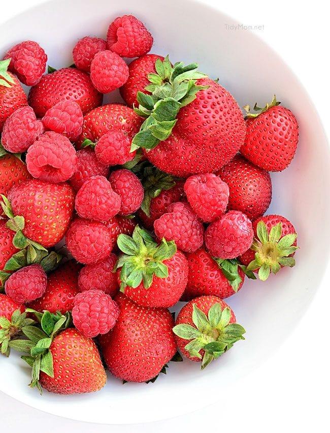 Fresh Strawberries and raspberries in a bowl