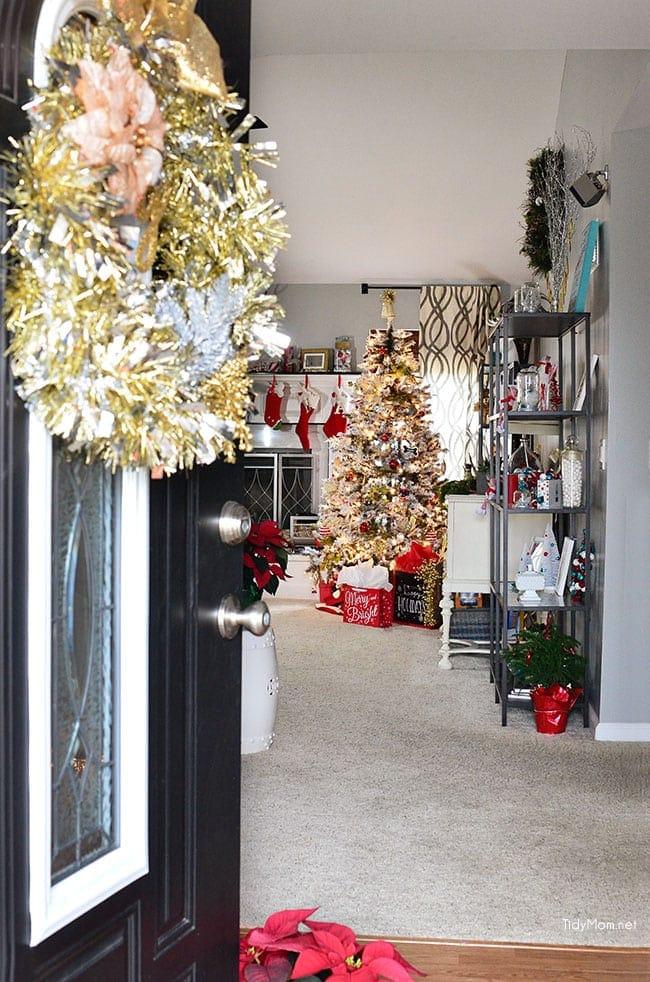 Christmas Home at TidyMom.net