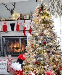 Christmas Holiday Home Tour Christmas Tree at TidyMom.net